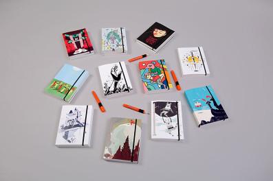 """הנבחרות. הסדרה המוגבלת של מחברת החלומות עם איורים של משתתפי התערוכה """"מכונה / חלום"""" שאצרו לה-קולטור"""