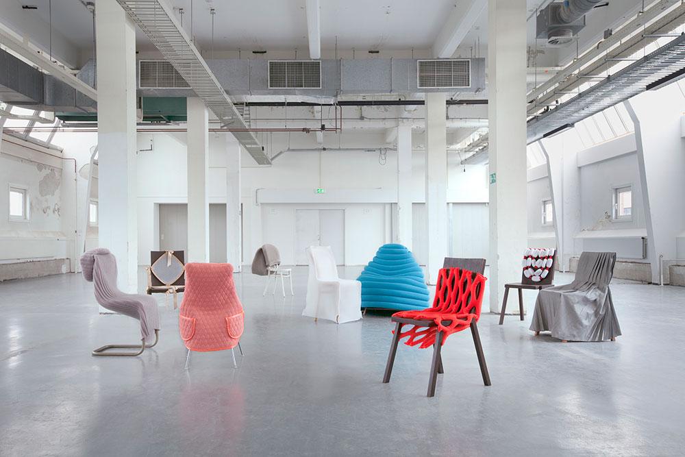 Wear Chair, אוסף האוט- קוטור 2012. צילום: Marleen Sleeuwits