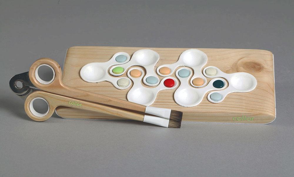 collor, סשה לייקין. ערכת צבעי המים והמכחולים נועדה ללמד את הילדים את עקרונות ערבובי הצבעים