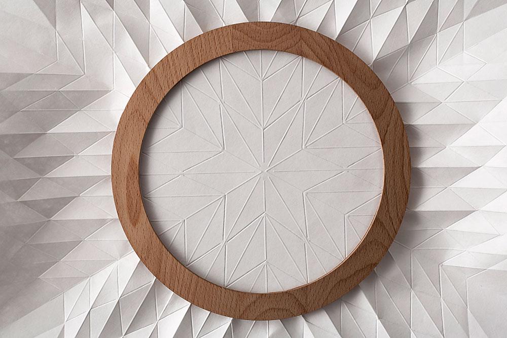 Embro, פרויקט הגמר של סשה לייקין. מיזוג בין תרבות הבית בבלארוס להוויה הישראלית הניב מוצר היי-טקי שמשדר תחושה של קראפט
