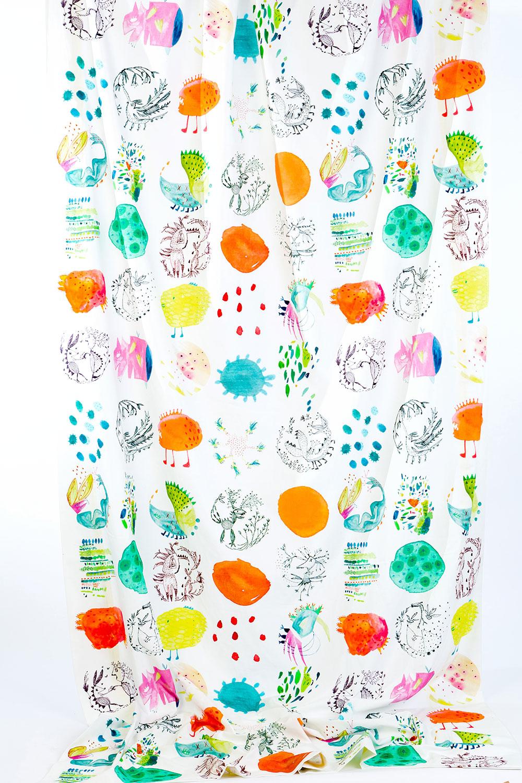 בד מבוטניקה מפלצתית, פרויקט הגמר של קטרין שענק, שנקר 2014. צילום: אחיקם בן יוסף