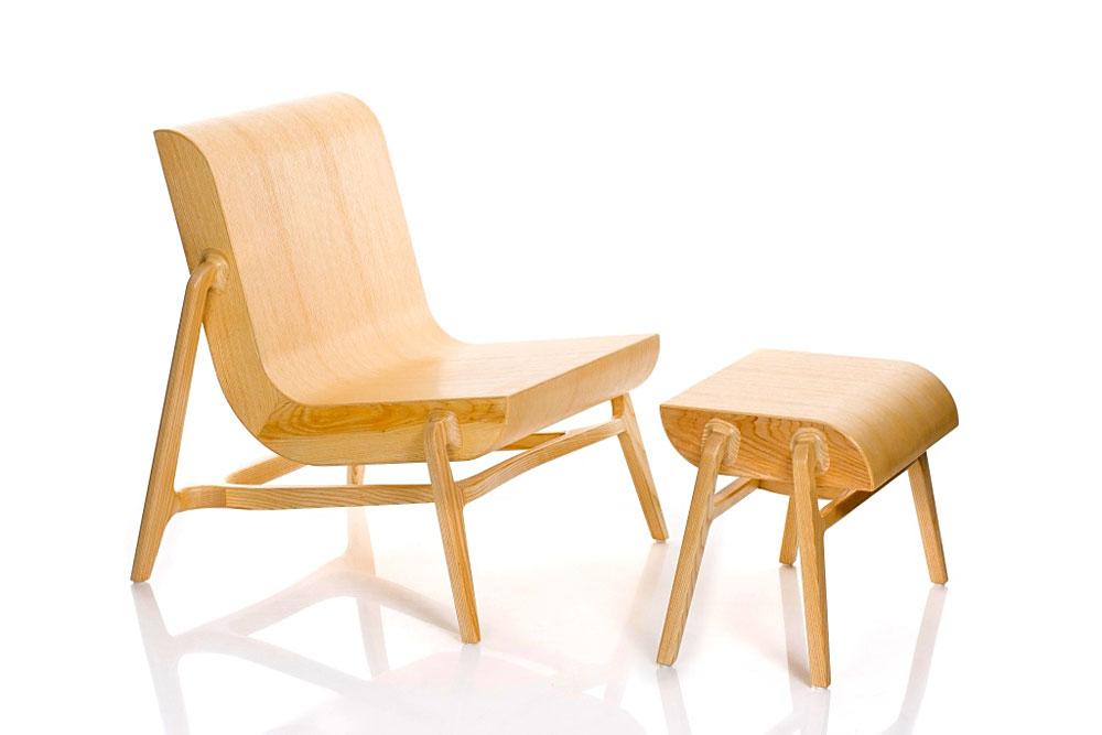 Overlap, כיסא והדום בעיצוב נדב כספי. שילוב בין נגרות ללמינציה