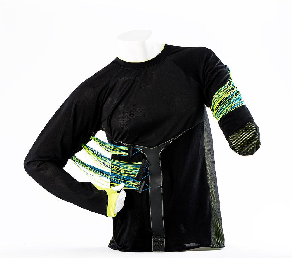 Fixa. חולצה המאפשרת לבצע אימון התנגדות ולחזק את השרירים המייצבים של הכתפיים, החזה והגב
