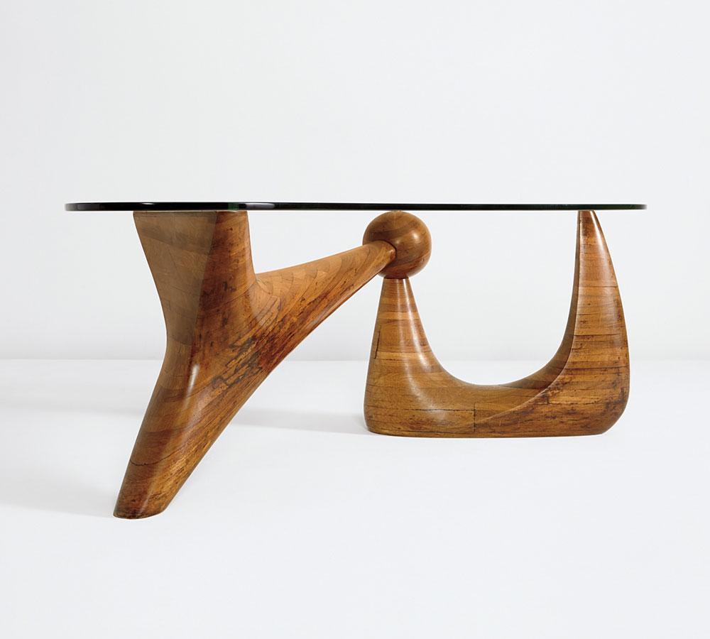 The Goodyear Table עם רגלי עץ הסיסם. נמכר בפיליפס ב-4,450,500 דולר. Image courtesy of Phillips