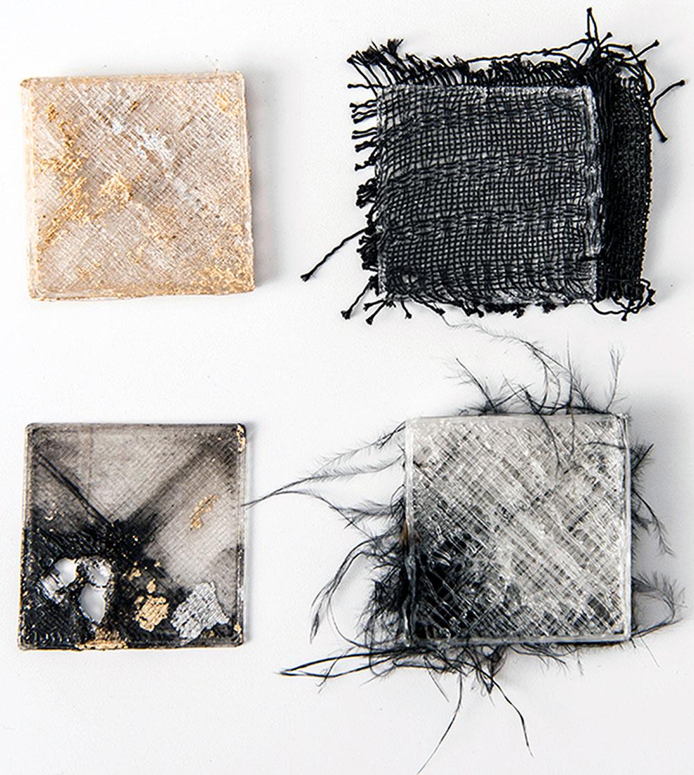 מאי קסירר, לקראת אובייקטים פוסט דיגיטליים. זהב, נוצות, בדים ופיגמנטים