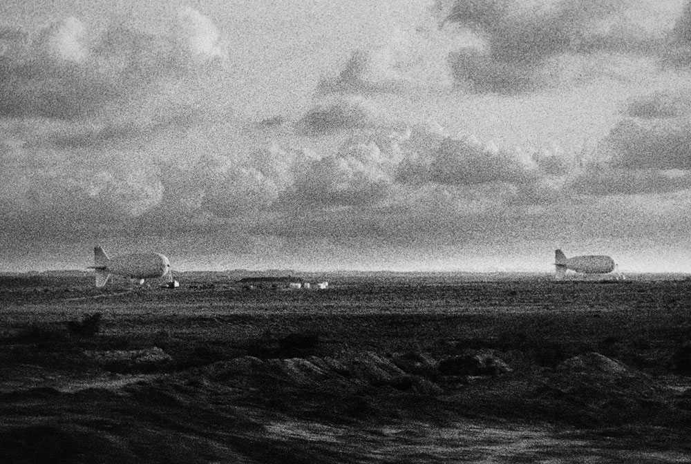 צפלין, עבודת שחור לבן של דגנית ברסט, 1990