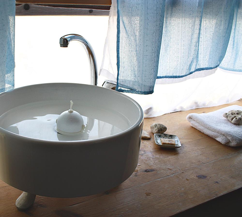 רינת עלימה עיצבה סירת צעצוע שהילד מרכיב כרצונו באמצעות עכרת אביזרים המיוצרים במדפסת תלת מימד וקלקר