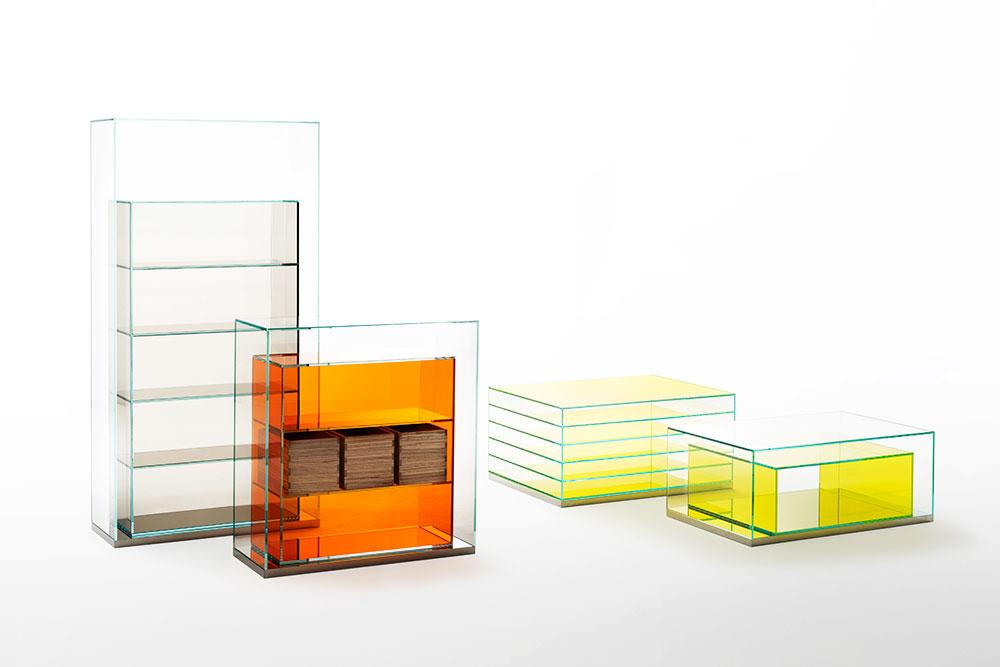 "Boxinbox. בסיס נירוסטה בגימור מראה וקופסאות עץ. צילום: יח""צ"