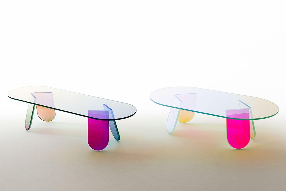 Shimmer, השולחנות והמדפסים של אורקיולה. זווית האור משנה את הגוון