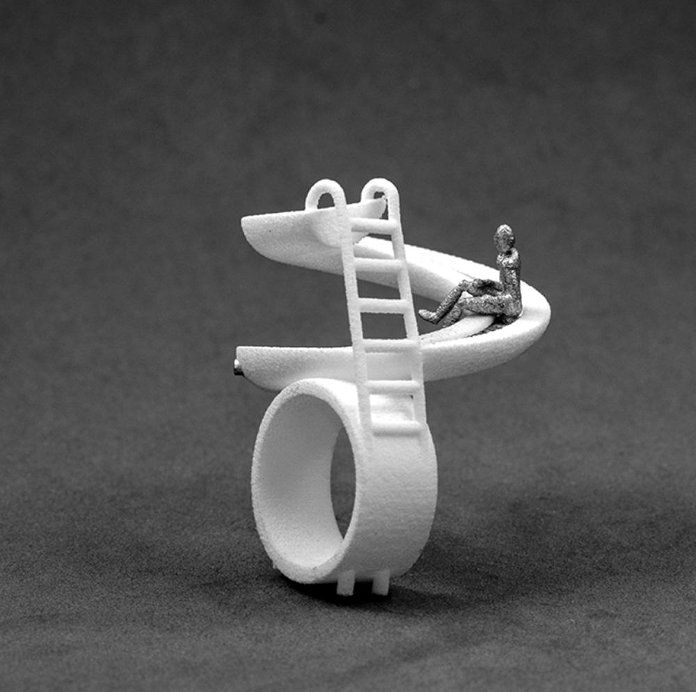 גן שעשועים, יעל פרידמן. טבעת מגלשה. תילום: ניר פרידמן