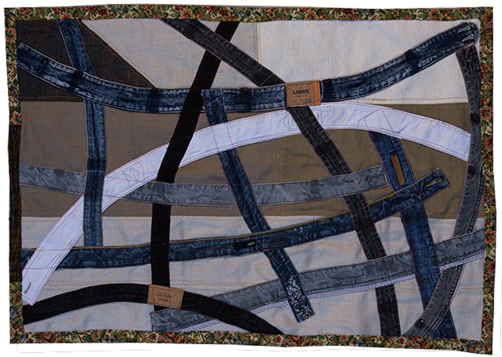 זמן שטיח Rugtime1. פסי בגדים מעוגלים תפורים על רקע
