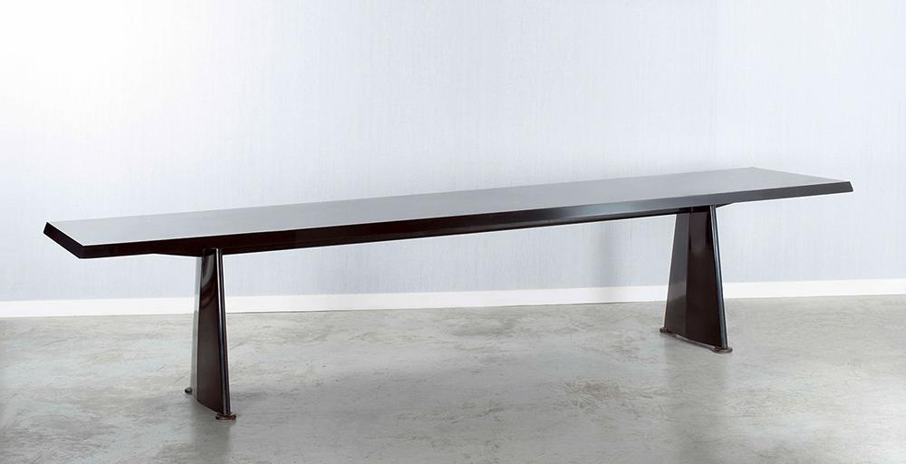 שיא כולם. Table Centrale, השולחן הנדיר של ז'אן פרובה, 1956