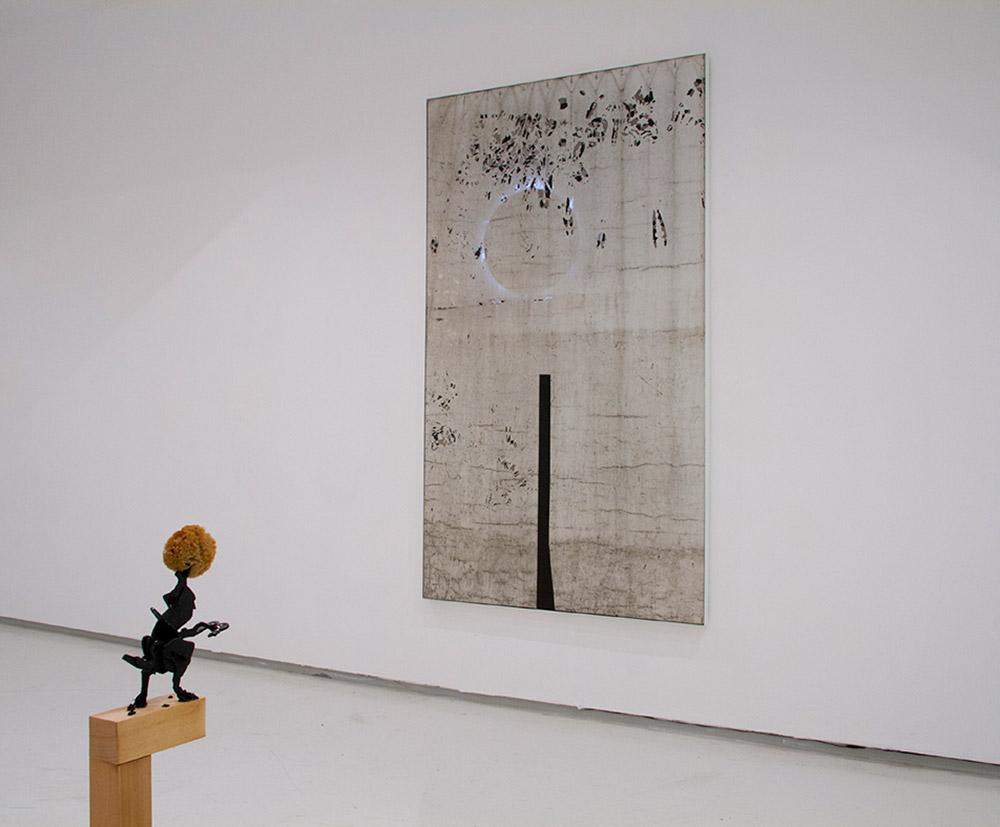 פסל ועבודת קיר