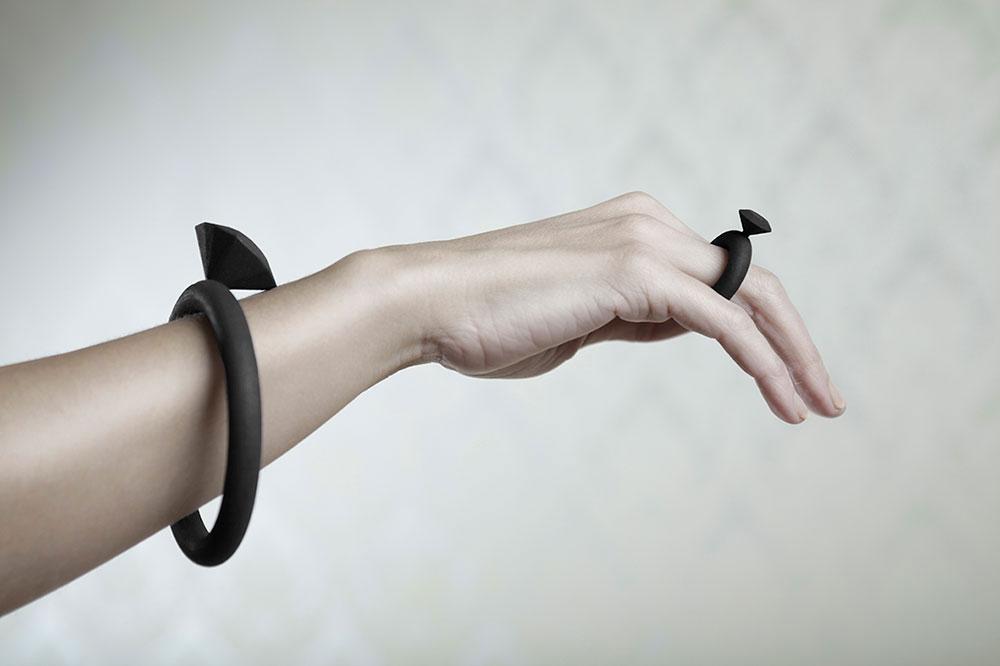 """""""יהלום"""", שרשרת וטבעת מפוליאמיד, Alissia Melka-Teichroew"""