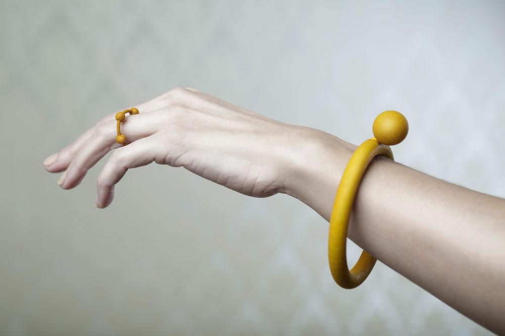"""""""פנינה"""", צמיד וטבעת מפוליאמיד, Alissia Melka-Teichroew"""