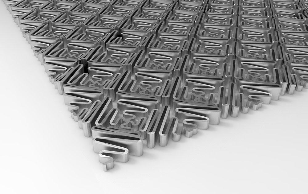 Lacemat, העבודה שתציג פלג ב-MƎTHESIS. אלמנטים הנראים כמו פרחים, מחוברים זה לזה במבנה גמיש שמזכיר תחרה