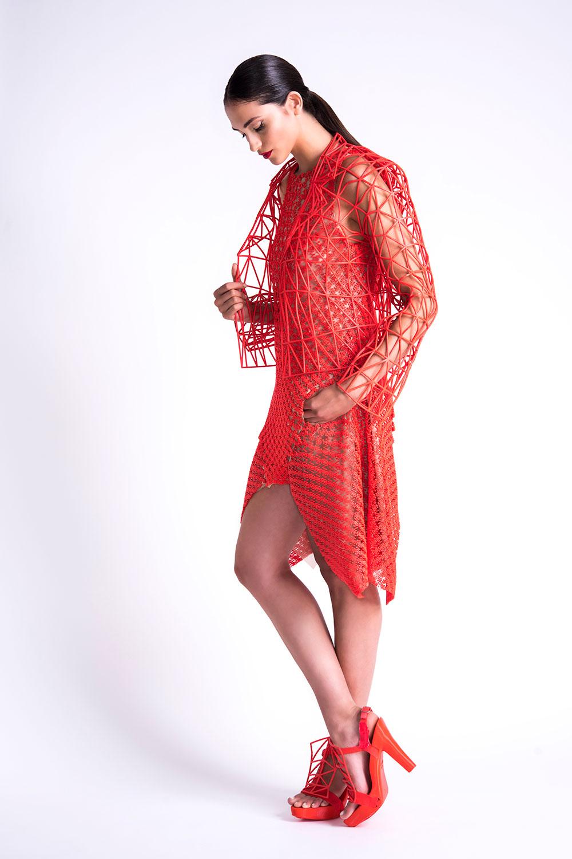 השמלה האדומה