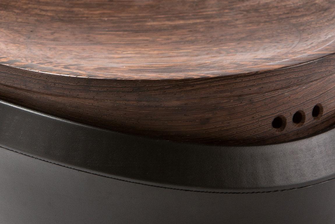 אינג'רה, כלי התססת הבצק, פרט - תמונה ראשית