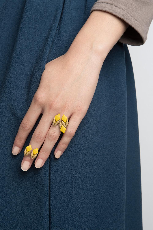טבעת צהובה