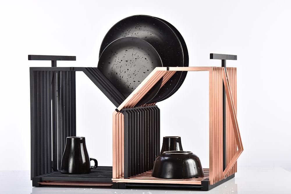 Criik. מתקן ייבוש הכלים הגנרי, המוכר ולרוב - חסר ההדר, זכה לחיים מפתיעים ומרהיבים