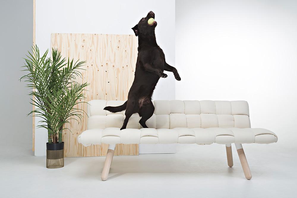 Tuohinen 2. מחקר של רהיטים קלועים במסגרת פרויקט הגמר המשותף של Riku Toivonen ו-Mikko Lanne התפתח למשפחת רהיטים