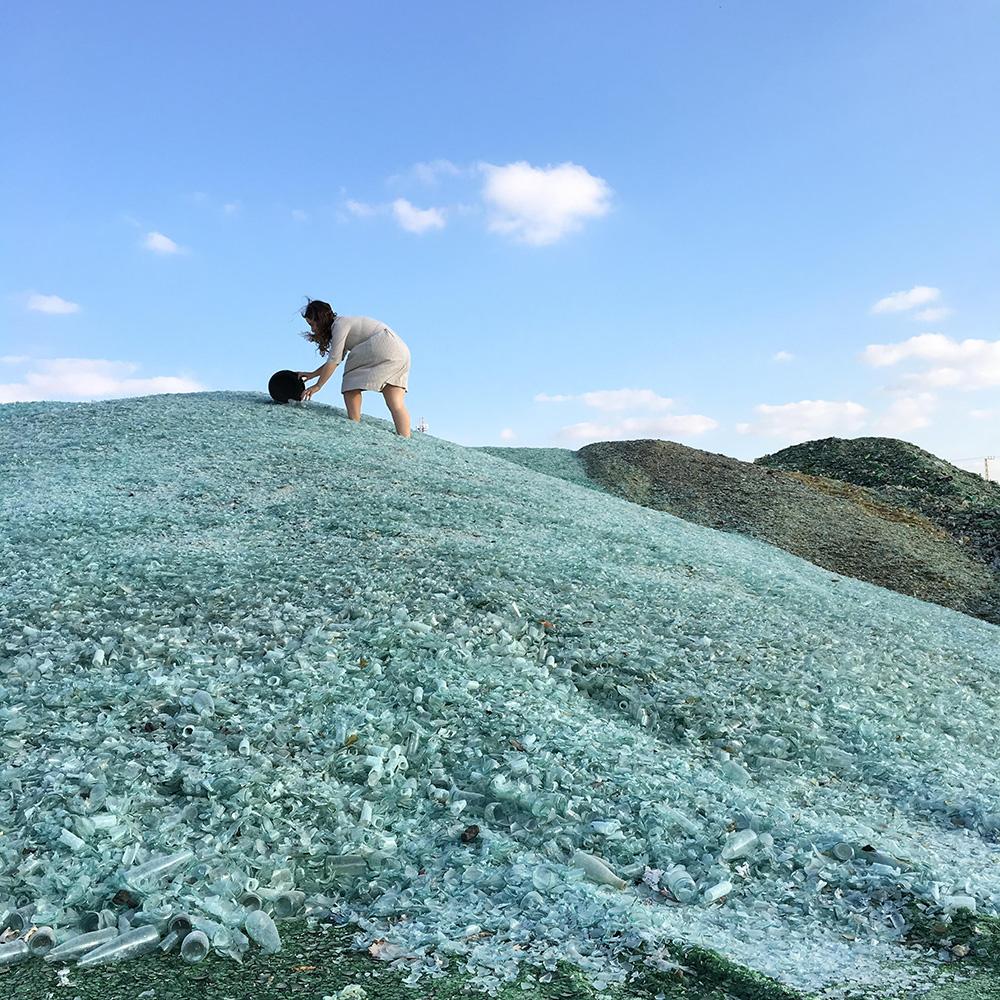 פרימר על הרי הזכוכית בפניציה. צילומים: עידו אדן