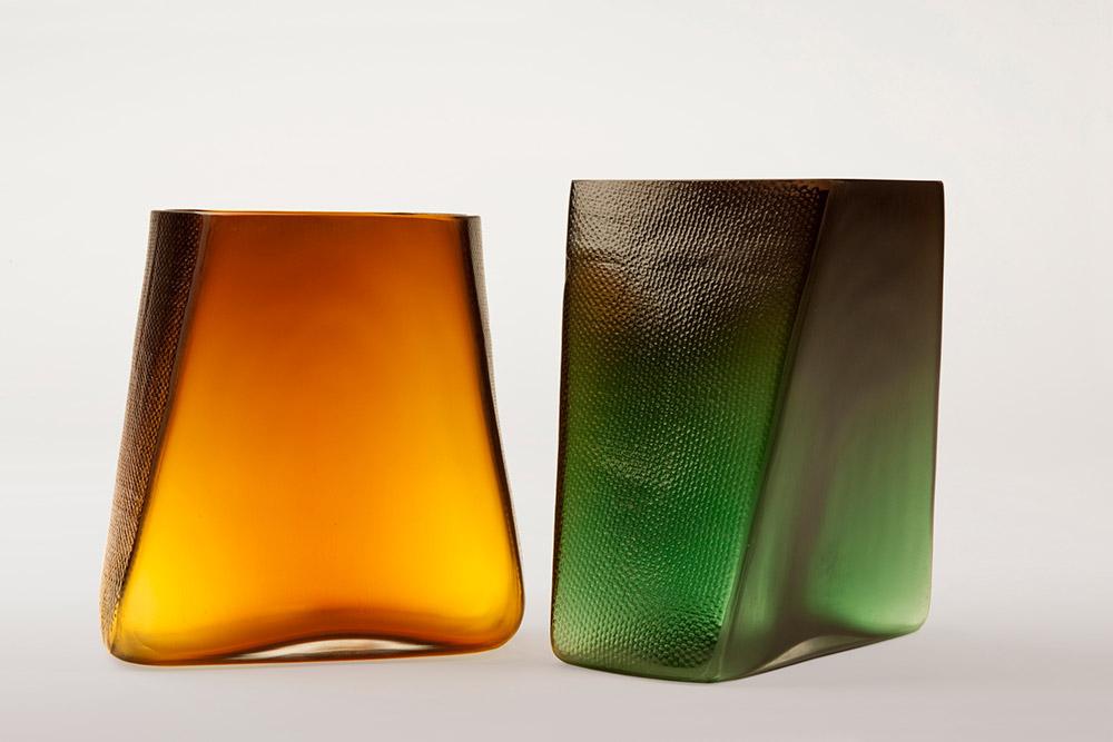 BTM 01, מחקר זכוכית המשלב ניפוח ותבניות