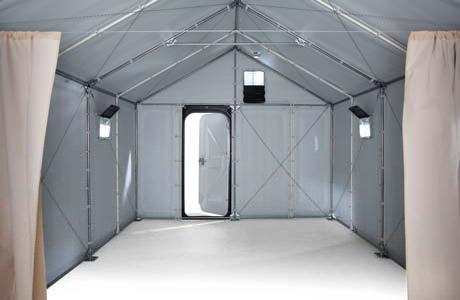 כך נראית יחידת המגורים של Better Shelter מבפנים